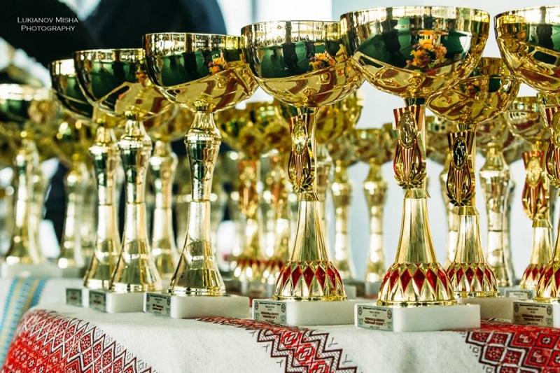 Чемпіонські, робочі та сертифікати здоров